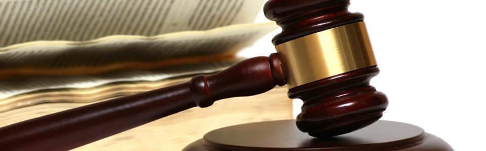 Rechtsanwalt Russland - Gerichtshammer